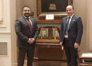 بالصور.. سلطان والقطامى يُنهيان إجراءات استلام كارنيهات عضوية البرلمان