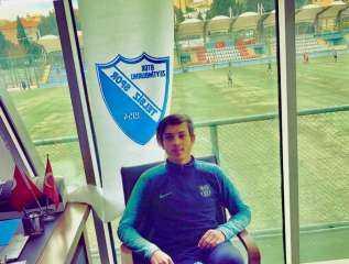 المصري محمد حمص لاعب نادي تي إلززس التركي : صلاح قادر على تحطيم الأرقام بالدوري الإنجليزي
